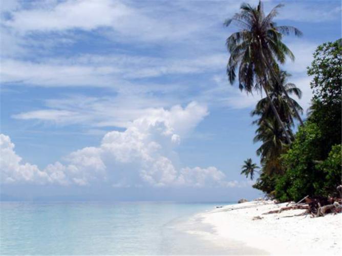 孤独的你,总有碧海蓝天作伴——停泊岛+热浪岛+浪中岛