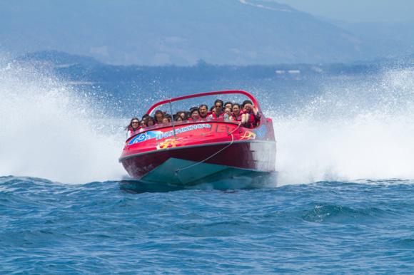 三亚蜈支洲岛海上项目·动感飞艇(360度漂移)