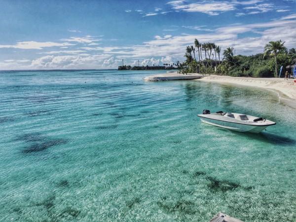 马尔代夫 游记   送水下餐厅 爽  岛标