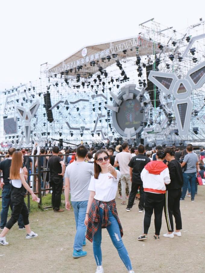 逃离城市的夏日清凉趴 一场极致狂欢的张北草原音乐节