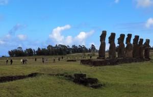 【智利图片】智利——复活节岛上的火山口与鸟人村(世界文化遗产 1995年)