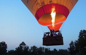 吴哥窟娱乐-柬埔寨热气球之旅