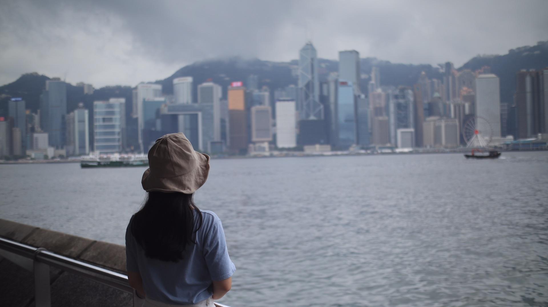 人潮汹涌的香港