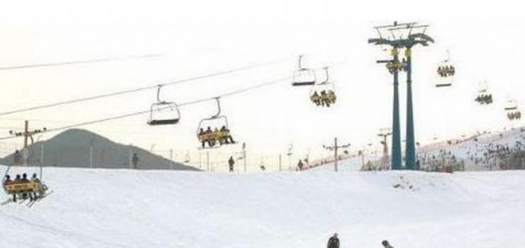 哈尔滨名都滑雪场