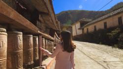 稻城景点-贡嘎朗吉岭寺