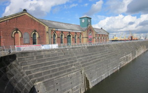 英国娱乐-Titanic's Dock and Pump-House