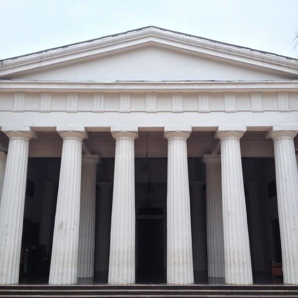 美术博物馆,典型的多立克柱式.图片