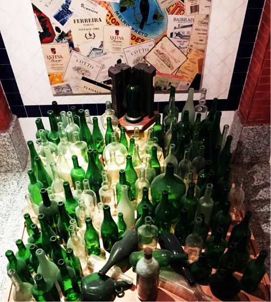 空酒瓶圖片