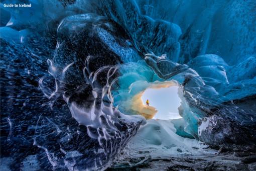 冰岛冬季南岸2日游 瀑布 黑沙滩 杰古沙龙冰河湖 蓝冰