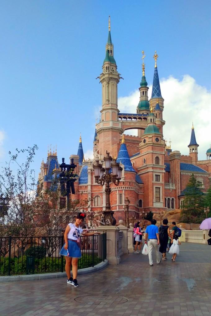 全球迪士尼最高的城堡!