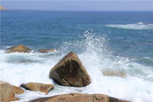 穿越最美狮子岛海岸线一日游