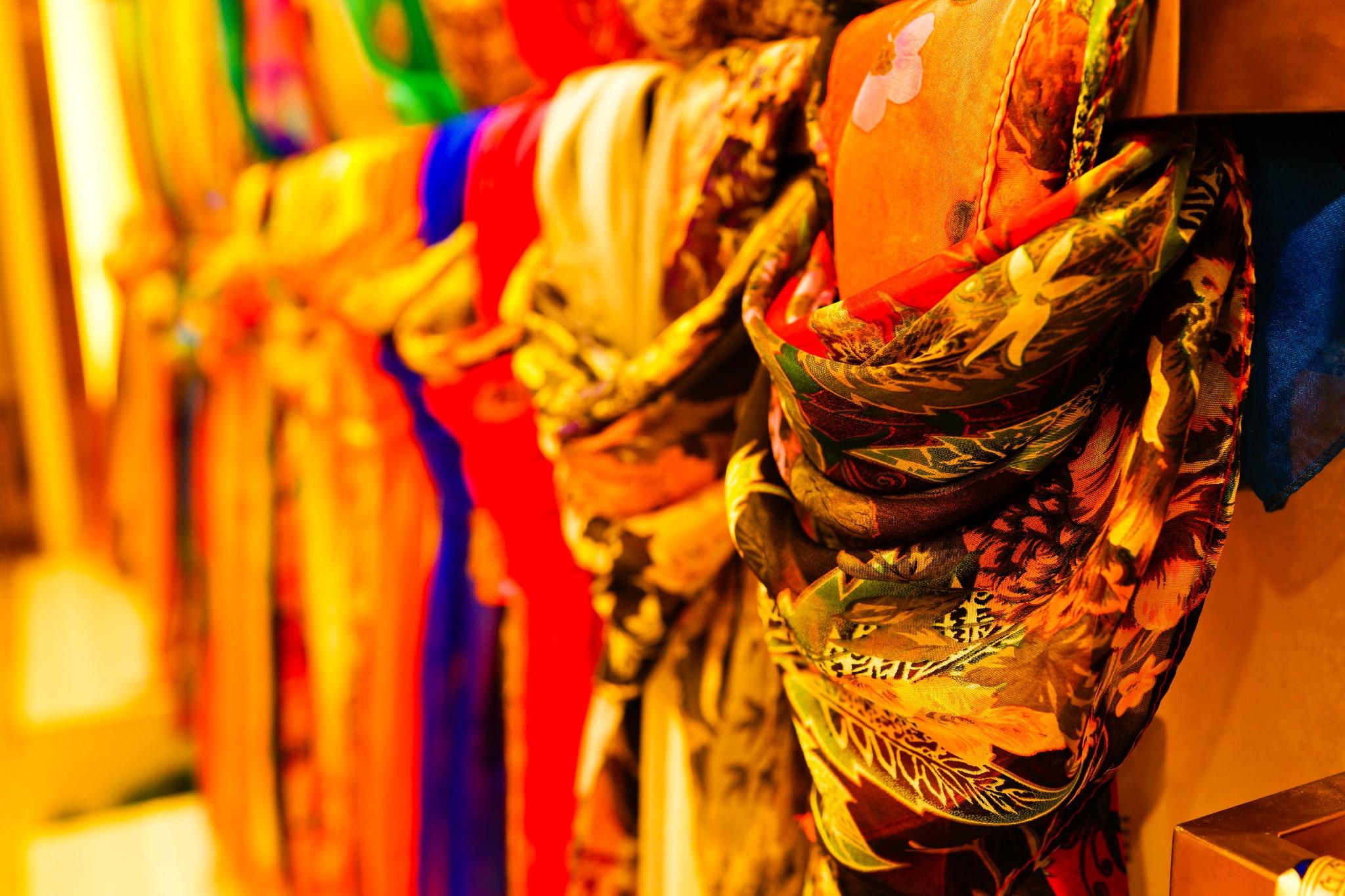杭州丝绸为什么有名,为什么杭州丝绸会这么有名,杭州丝绸为什么会如此出名