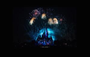 【上海迪士尼图片】— 上海。城堡点亮奇梦。迪士尼赴五年之约 —