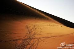 敦煌-艺术的顶点-自然之美-莫高窟-雅丹地貌-月牙泉.鸣沙山